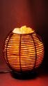 Солевая лампа-камин из ротанга в форме шара